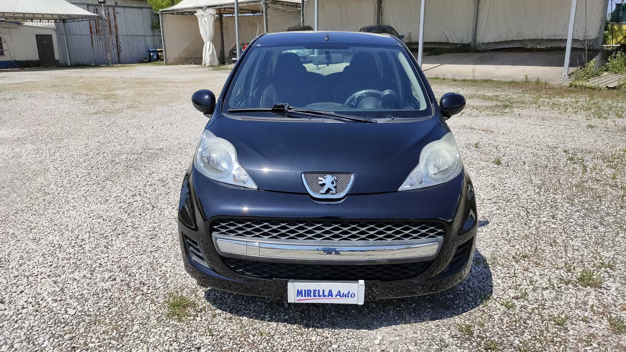 107-nera-mirella-auto-4